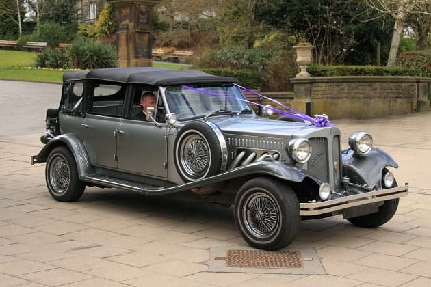 An antique wedding car